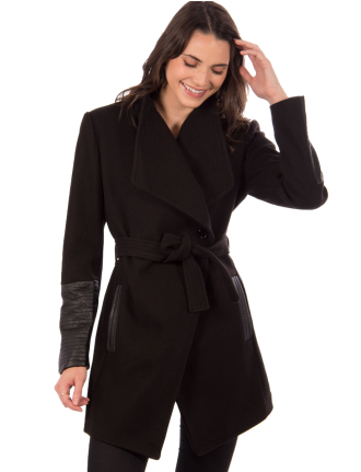 Wool melange coat with leatherette piping by Saki